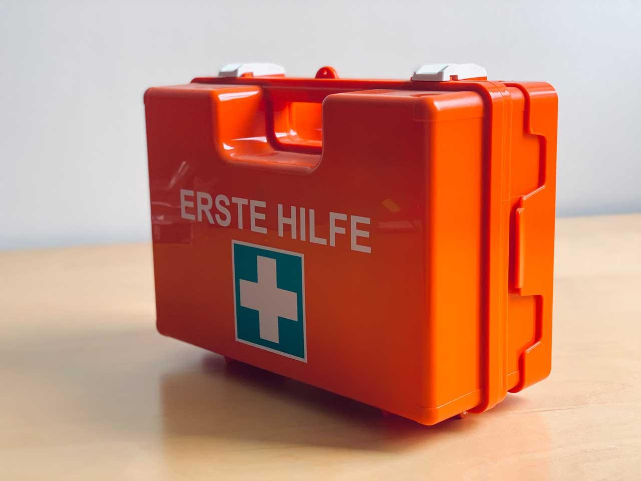 Erste-Hilfe-Koffer Soforthilfe-Paket - Webdesign SEO OnlineMarketing